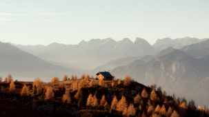 Patscherkofel hut in autumn 1